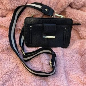 Steve Madden wallet purse with strap